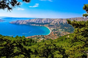 17353197703712446031904644445_adriatic-town-of-baska-aerial-view.-xbrchx-fotolia.com